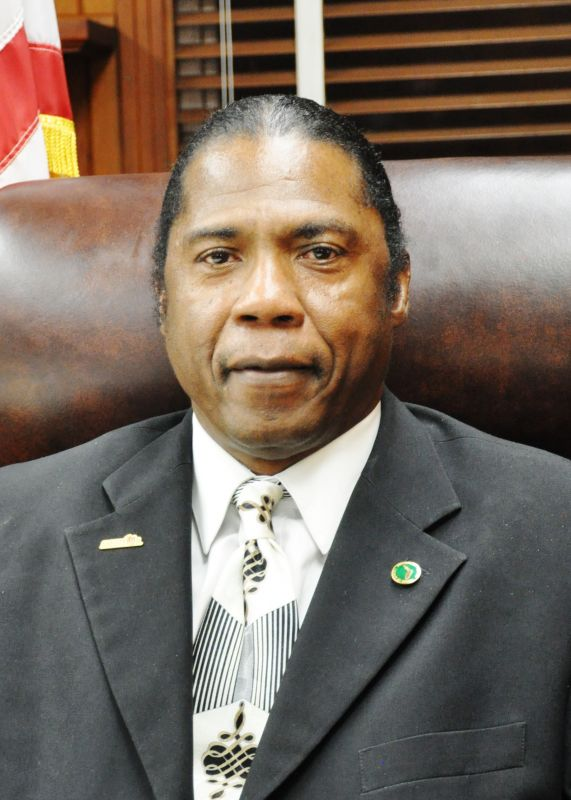 John Jones    Mayor      jjonesjr@mymonticello.net